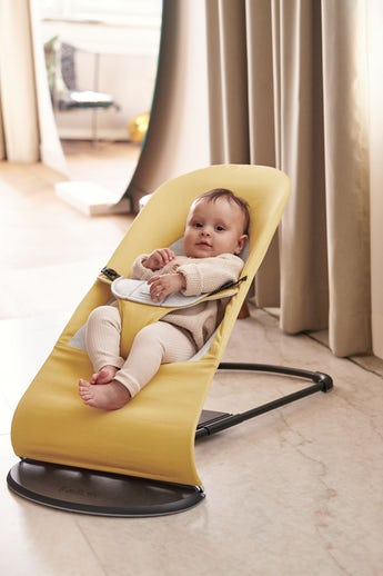 Bouncer Balance Soft in Yellow/Grey Cotton-Jersey with natural rocking- BABYBJÖRN