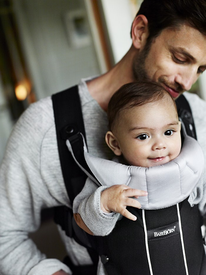 Baby Carrier Miracle Black Silver-BABYBJÖRN