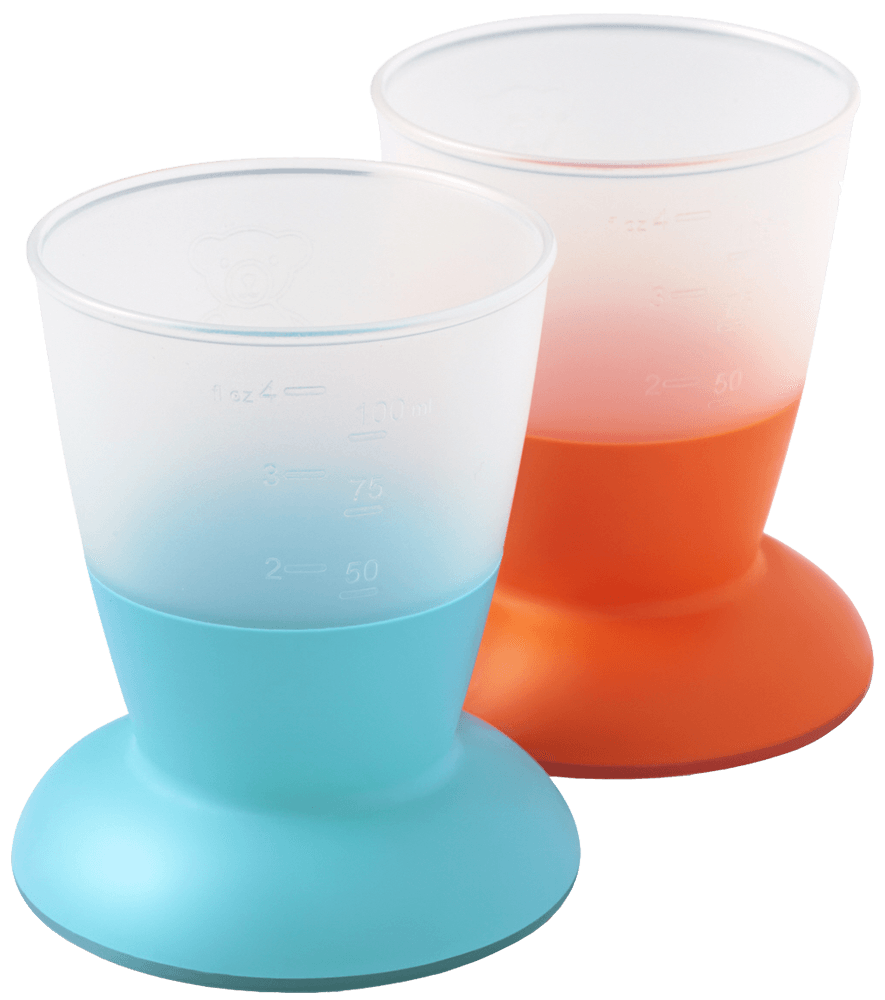 Baby cups in grip-friendly material | BABYBJÖRN C Cup Example