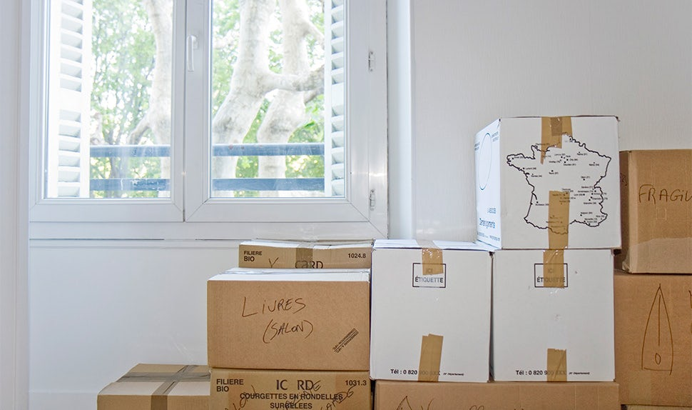 BABYBJÖRN Magazine – Moving boxes in anticipation of moving abroad with kids.