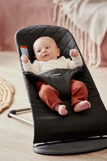 Bouncer Bliss Black in quilted soft cotton - BABYBJÖRN