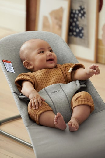Bouncer Bliss - an ergonomic place for you newborn right from birth - BABYBJÖRN