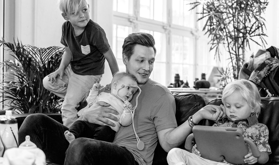 BABYBJÖRN Magazine for Parents – Dadstories: dad Mikael has three kids but isn't ruling out more.