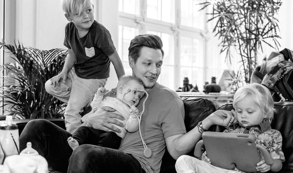BABYBJÖRN Magazine – Dadstories: dad Mikael has three kids but isn't ruling out more.