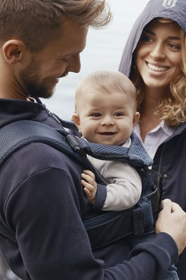 Baby Carrier One Air Navy Blue soft and airy 3D Mesh - BABYBJÖRN