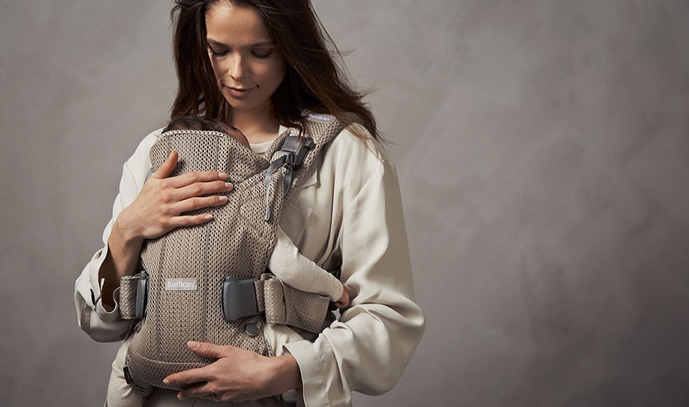 BABYBJÖRN Baby Carrier One Air can be used from newborn – Greige, Mesh.