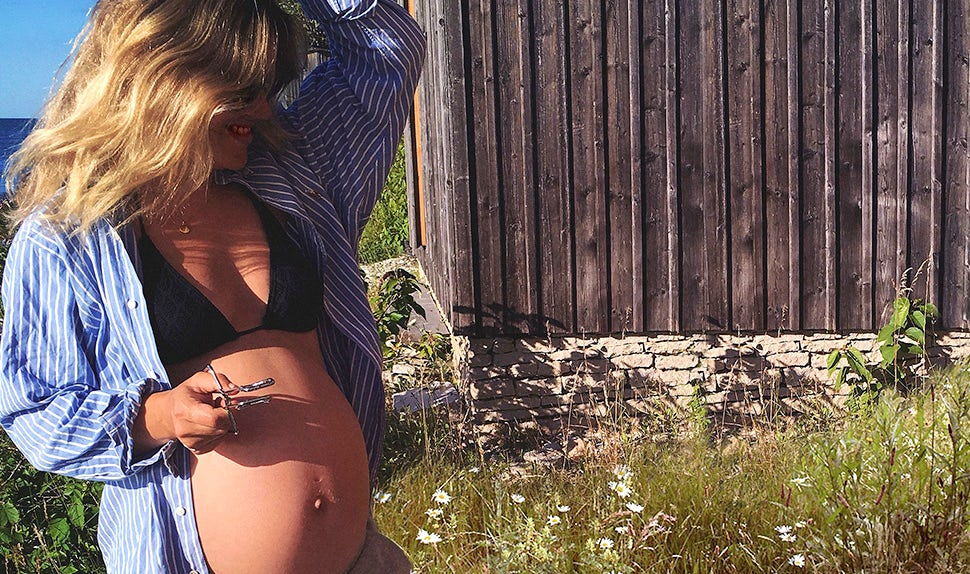 BABYBJÖRN Magazine – A pregnant Klara Svensson shares empowering advice with those of you preparing for birth.