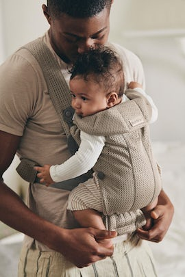 Baby Carrier Mini Gray Beige in soft and airy 3D Mesh, perfect for newborns