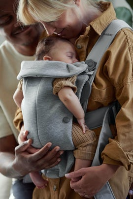 Baby Carrier Mini Light Gray in 3D Jersey - BABYBJÖRN