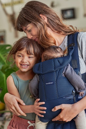 BABYBJÖRN Baby Carrier Move in 3D Mesh with extra back and shoulder support - BABYBJÖRN