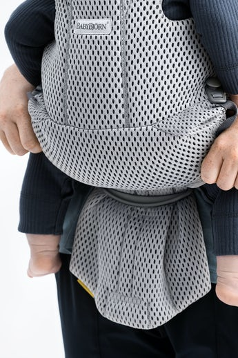BABYBJÖRN Baby Carrier Move in grey 3D Mesh with extra back and shoulder support - BABYBJÖRN