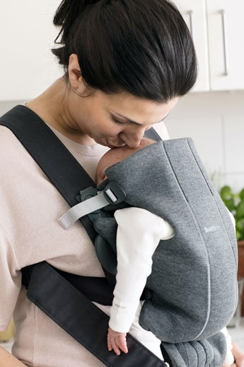 Baby Carrier Mini in Dark Gray 3D jersey - BABYBJÖRN