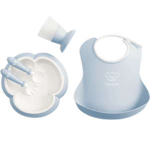 Complete baby dinner set in an attractive gift box - Powder blue - BABYBJÖRN