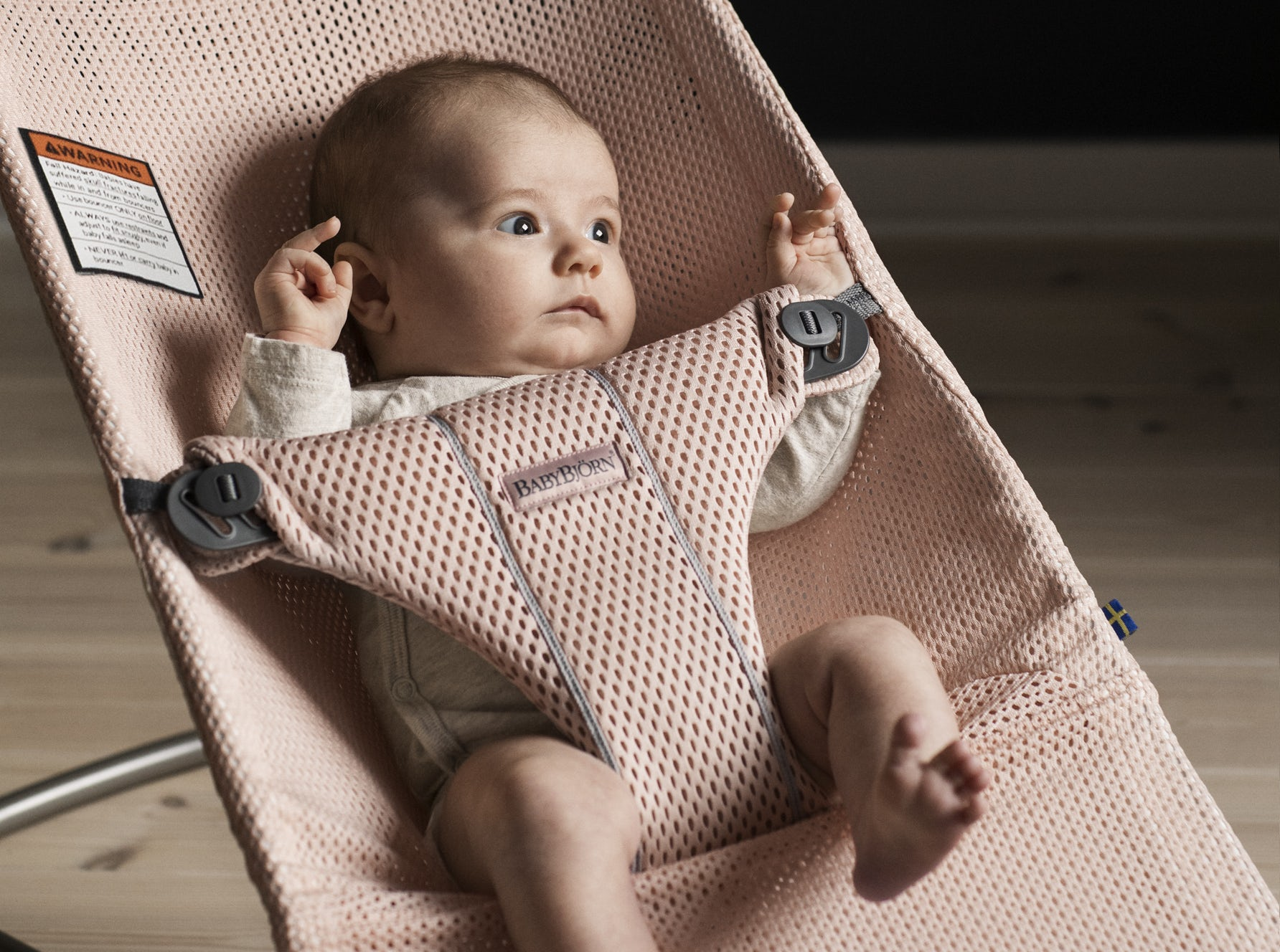 New Baby Bouncer Bliss Mesh Pearly pink 006001, soft and airy and perfect for newborns - BABYBJÖRN