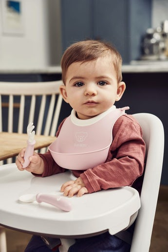 Small Baby Bib in Powder Pink from BABYBJÖRN - perfect first bib
