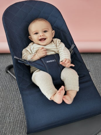 babybjorn-bouncer-bliss-midnight-blue-cotton-004