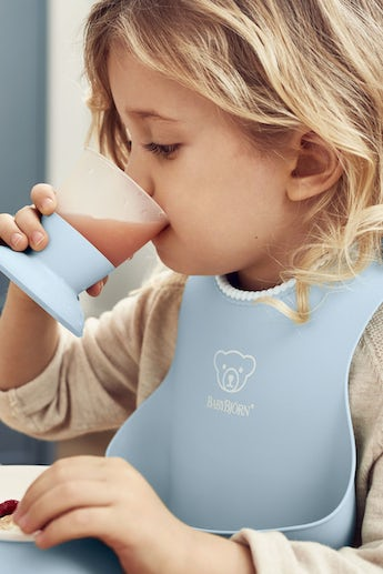 Feeding Bib Set 2-pack, Powder Blue - BABYBJÖRN