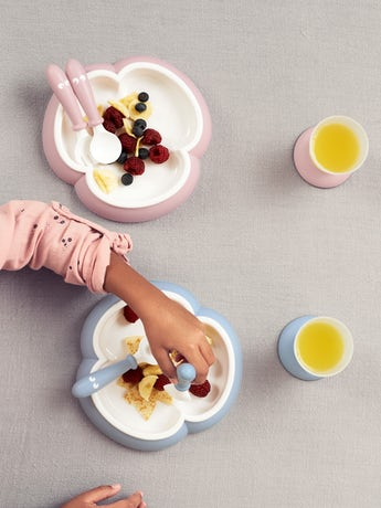 Baby Feeding Set Powder Blue in BPA-free plastic - BABYBJÖRN
