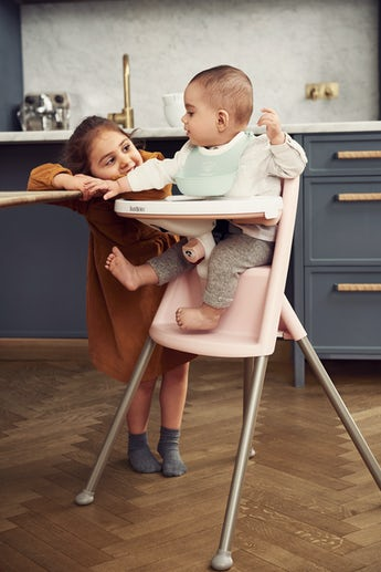 High Chair in Powder Pink Grey - BABYBJÖRN