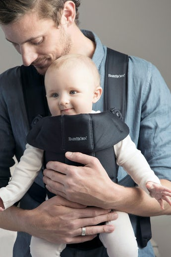 Baby Carrier MIni Black in soft cotton - BABYBJÖRN