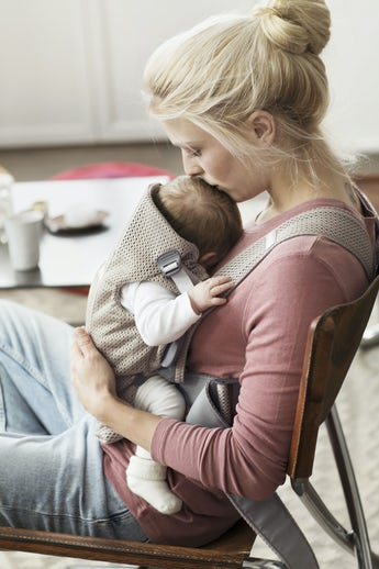 Baby Carrier MIni Greige in soft and airy 3D Mesh - BABYBJÖRN