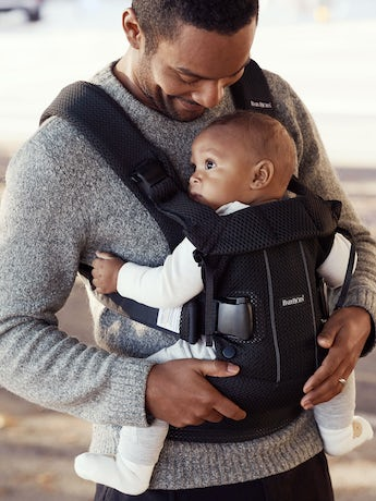 Baby Carrier One Air Black in 3D Mesh - BABYBJÖRN