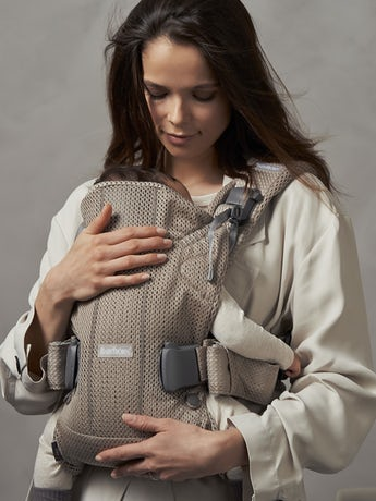 Baby Carrier One Air Greige in 3D Mesh - BABYBJÖRN