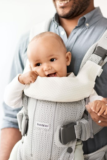 Bavoir pour Porte-bébé One Blanc - BABYBJÖRN