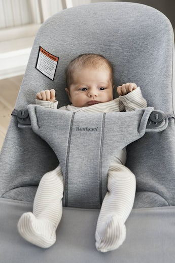 Bouncer Bliss Light Gray in supersoft 3D Jersey - BABYBJÖRN