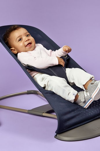 Bouncer Bliss Navy Blue in soft and airy Mesh combined with toy Flying Friends - BABYBJÖRN
