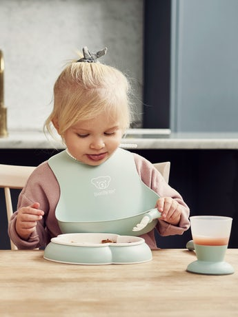 babybjorn-dinner-set-powder-green-001