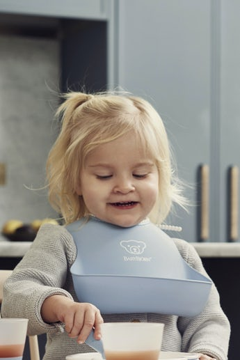 babybjorn-ensemble-bavoirs-lot-de-2-bleu-pastel-004