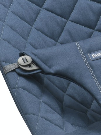 Bouncer Bliss Midnight Blue in soft quilted Cotton- BABYBJÖRN