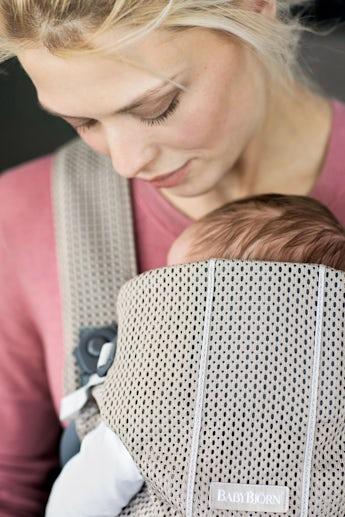 Porte-bébé Mini Greige en Mesh 3D - BABYBJÖRN