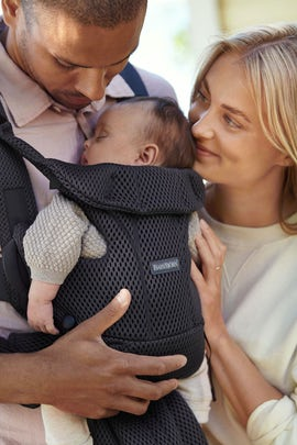 Baby Carrier Free in Anthracite soft and airy 3D mesh - BABYBJÖRN