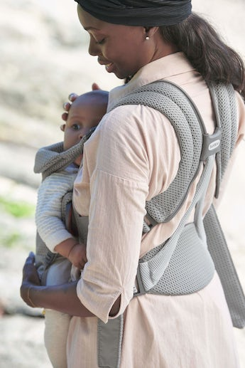 Baby Carrier Free with good back support and paddes shoulder straps - BABYBJÖRN