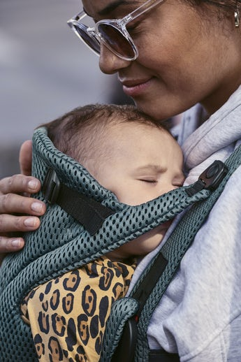 Baby Carrier Free Sage Green 3D Mesh - BABYBJÖRN