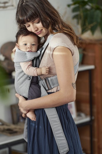 Baby Carrier Mini Gray in soft and airy 3D Mesh - BABYBJÖRN