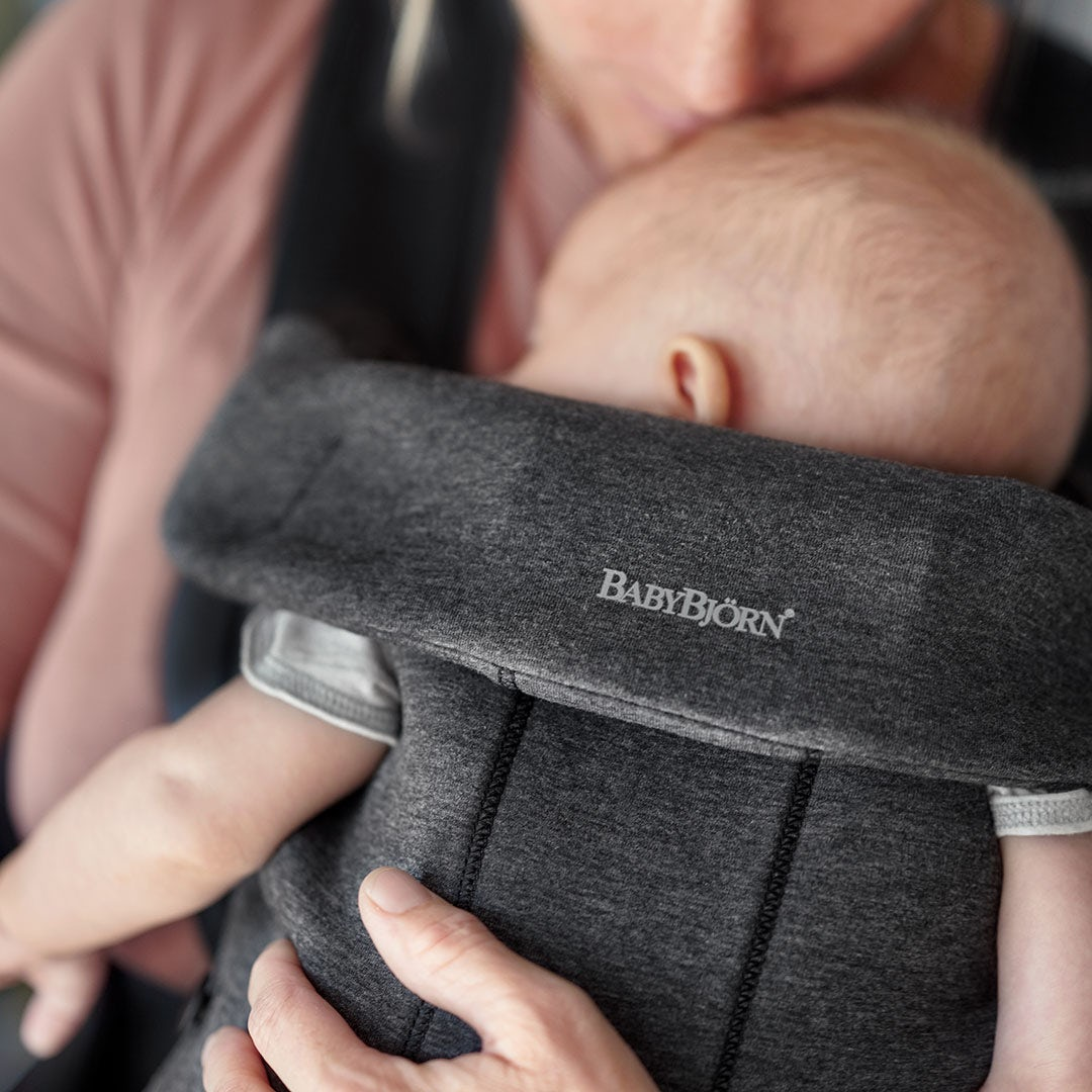 Baby Carrier Mini in soft 3D Jersey - BABYBJÖRN