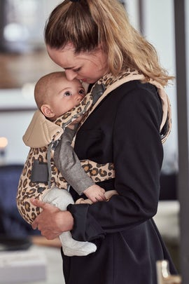 Baby Carrier One in Beige/Leopard Cotton - BABYBJÖRN