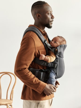 Baby Carrier Harmony Anthracite carrier in soft-structured, luxurious mesh—ergonomic for you and your baby.