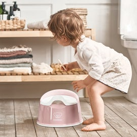 When to start potty training? 5 signs your child is ready