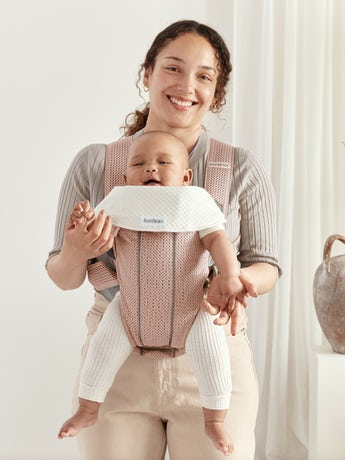 Baby Carrier Mini Dusty pink in 3D Mesh - perfect for newborn and easy to use