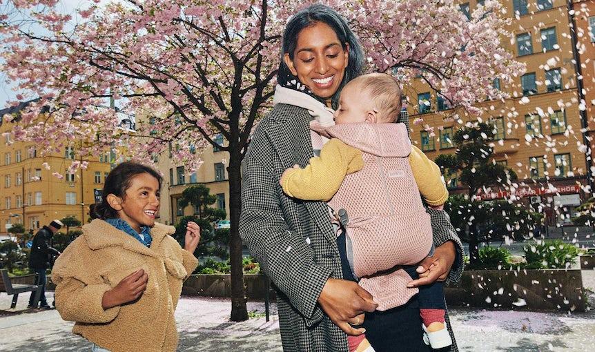 Porte-bébé Free Rose poudré en Mesh 3D